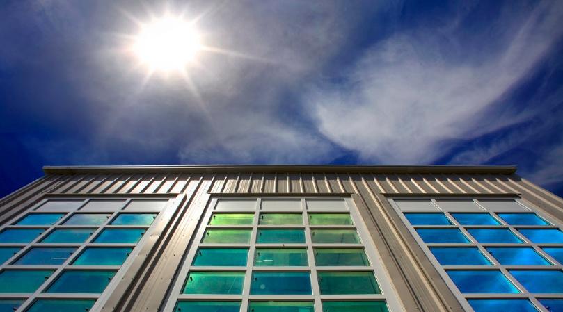 Kokie plastikiniai langai atitinka naujausius energijos taupymo reikalavimus?